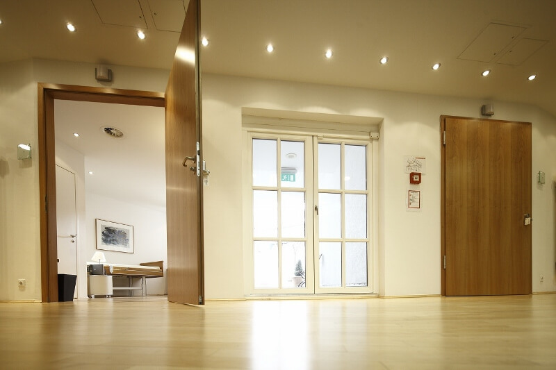 Übersicht der 6 Patienteneinzelzimmer der Beethoven 5.13 Klinik in Köln