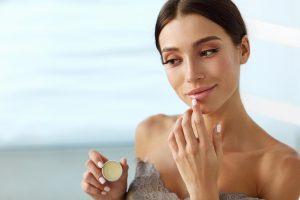 Die beste Lippenpflege ohne Mineralöle