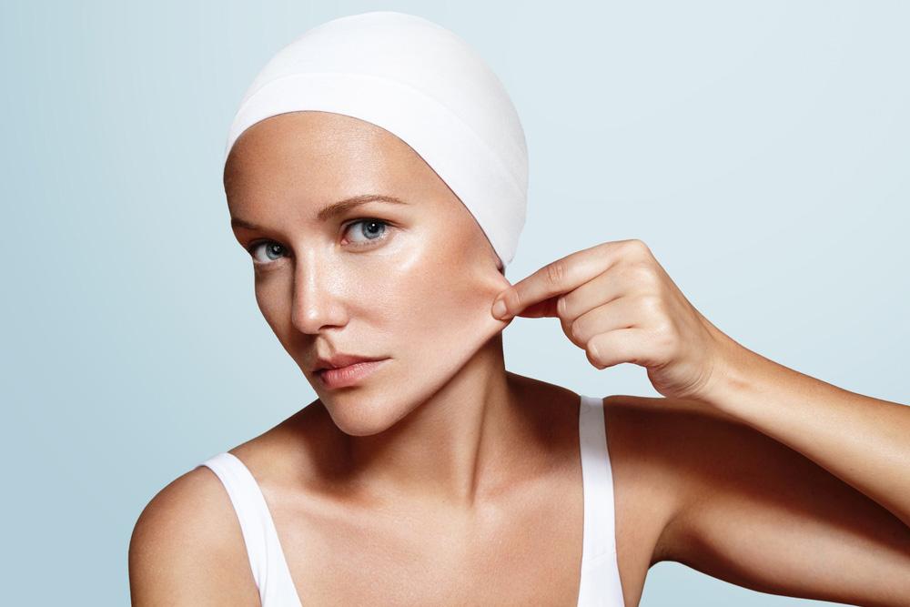 Haut straffen ohne OP mit der Radiofrequenz Behandlung