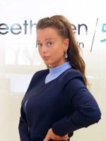 Alina Drotboom - Beethoven Klinik Team Front Office